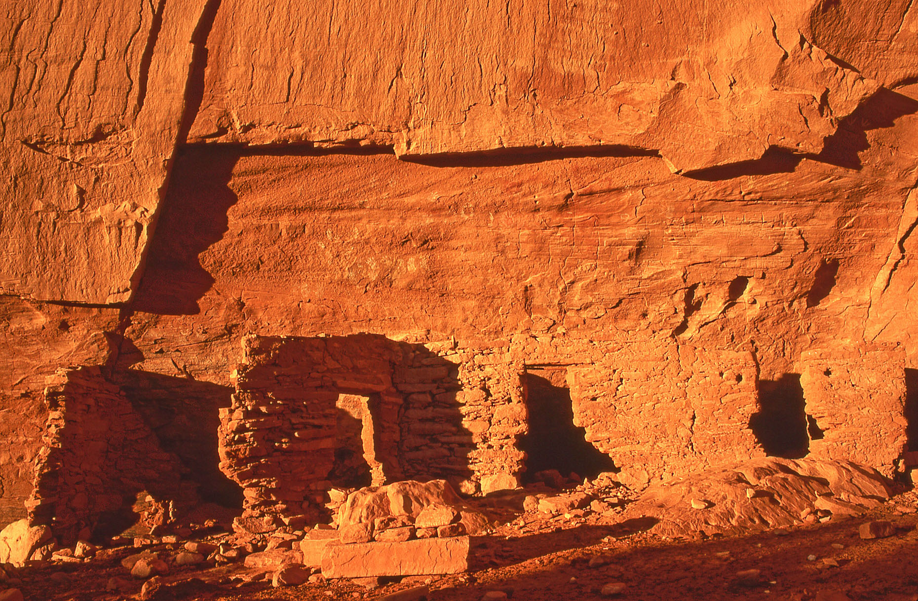 House of Many Hands, John Annerino, Monument Valley Navajo Tribal Park, Utah-Arizona