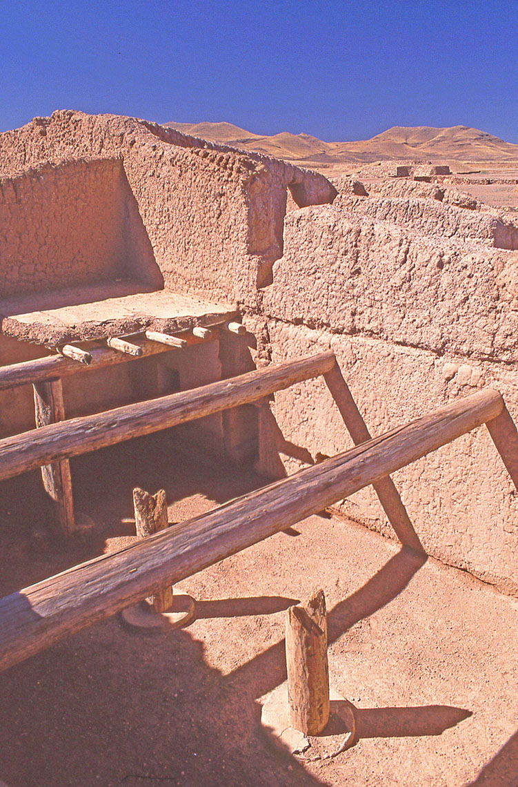 Casas Grandes, John Annerino, Paquime Archaeological Zone, Chihuahua, Mexico, UNESCO World Heritage Site, Chaco Meridian